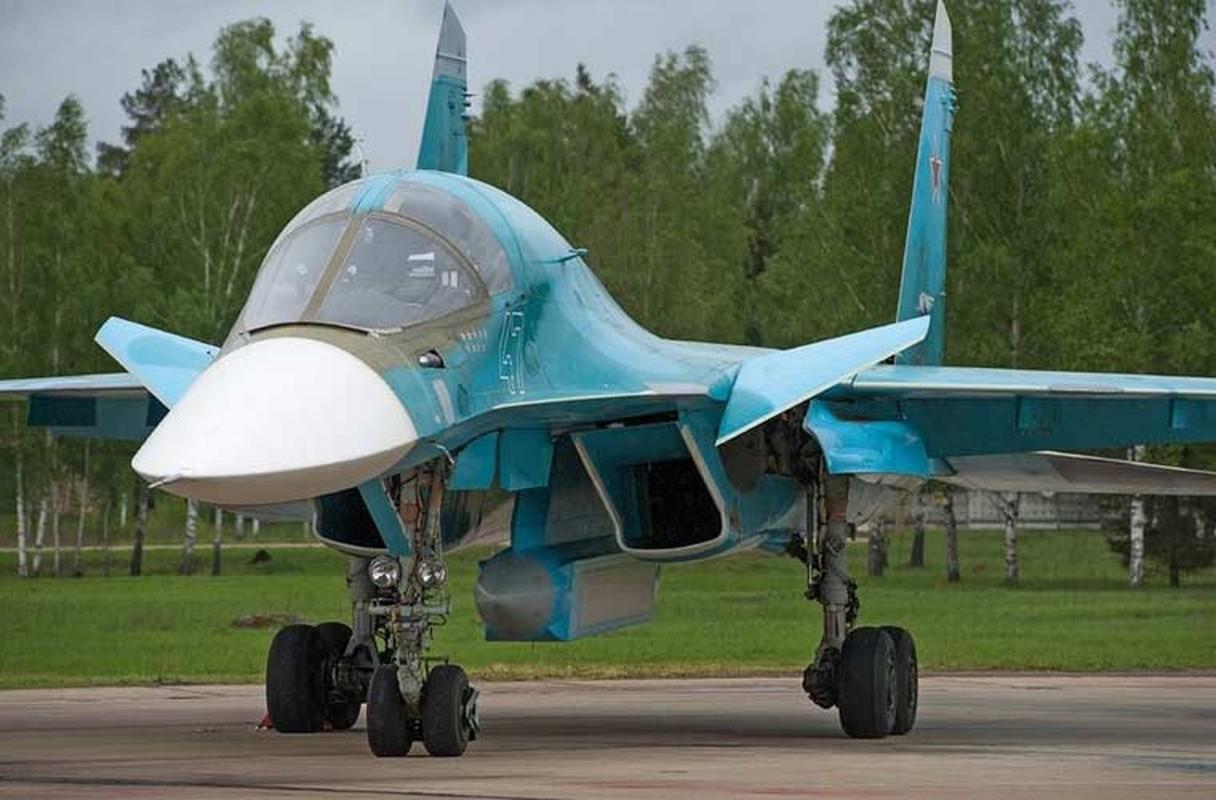 """""""Xe tang bay"""" Su-34 Nga mang vat the la gi?"""