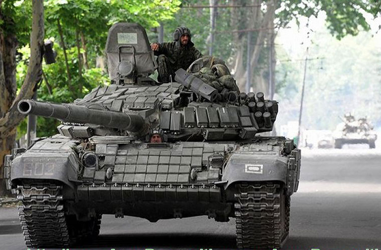 Nga chuyen giao xe tang T-72B cho Quan doi Syria?-Hinh-5