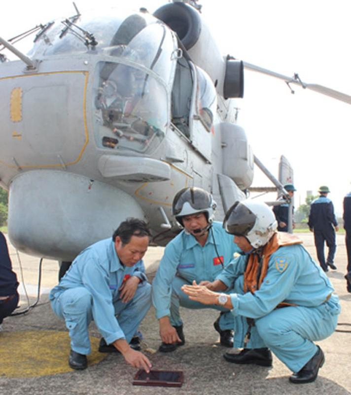 Kha nang mang bom di cua truc thang Ka-28 Viet Nam-Hinh-7