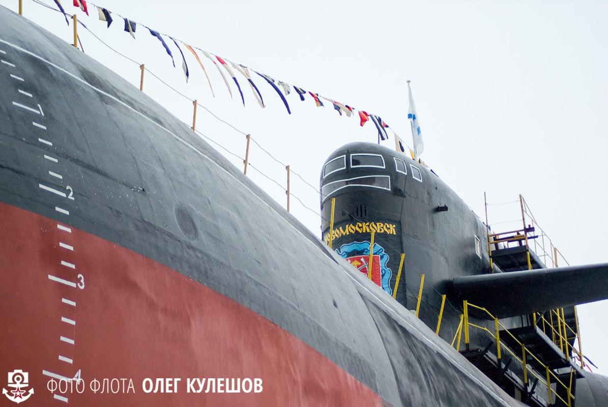 Hung vi tau ngam hat nhan Novomoskovsk ngay tai xuat-Hinh-7