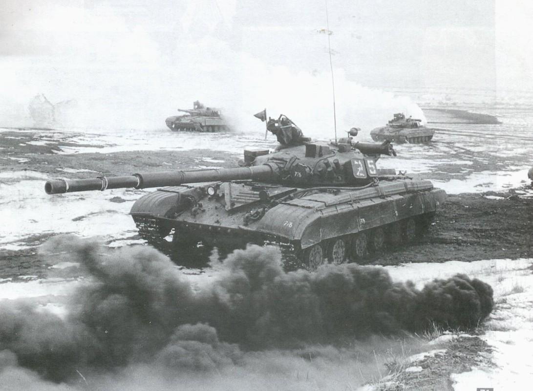 Vi sao xe tang T-64 khong duoc Lien Xo xuat khau?-Hinh-7