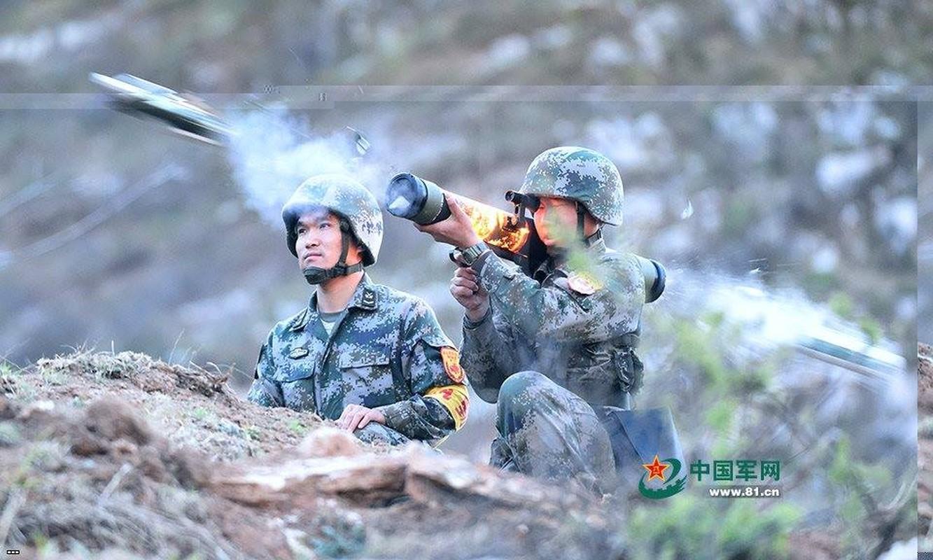 Tai sao sung phun lua PF-97 cua Trung Quoc nguy hiem?-Hinh-7