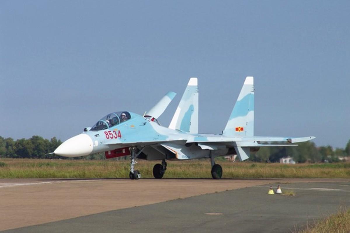 Kha nang khong chien dang cap cua tiem kich Su-30-Hinh-9