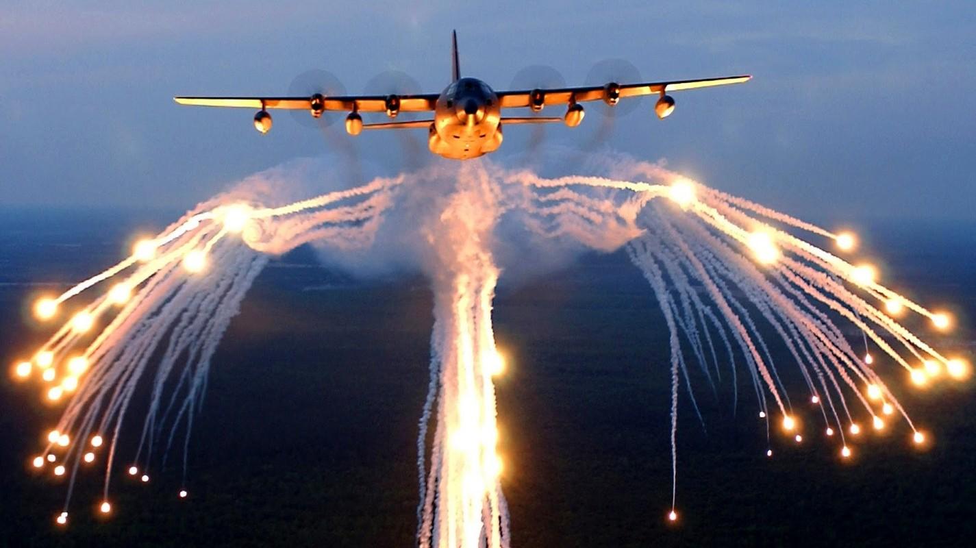 Kho mua C-130, Viet Nam co the chon may bay C-27J?-Hinh-3
