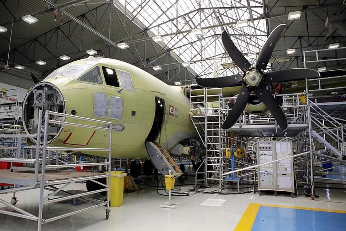 Kho mua C-130, Viet Nam co the chon may bay C-27J?-Hinh-5