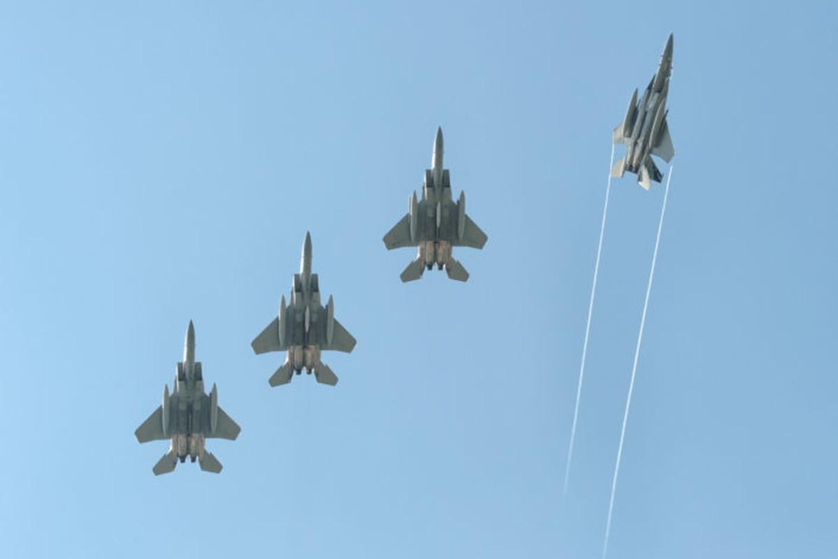 "Anh: Tiem kich MiG-21 ""song kiem hop bich"" cung F-15C My-Hinh-2"