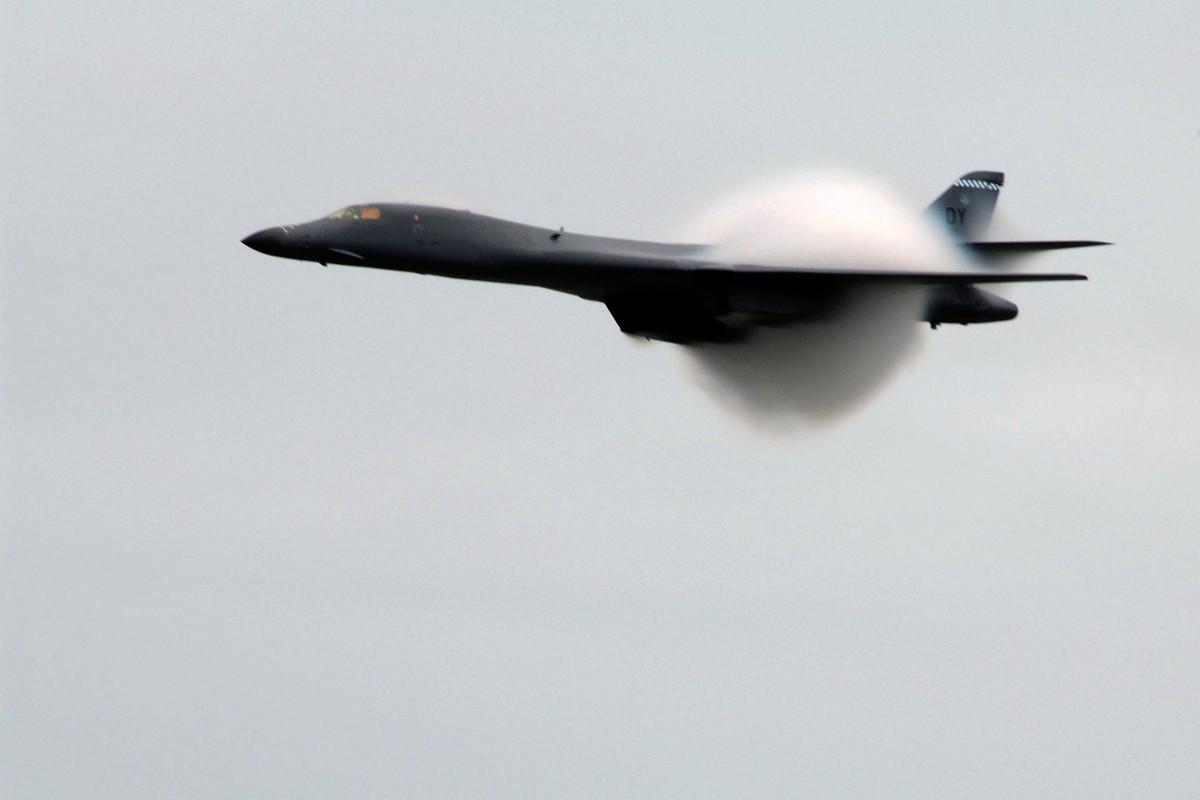 Suc manh khung khiep may bay nem bom B-1B My-Hinh-11