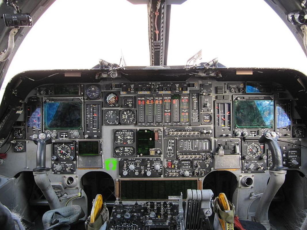 Suc manh khung khiep may bay nem bom B-1B My-Hinh-12