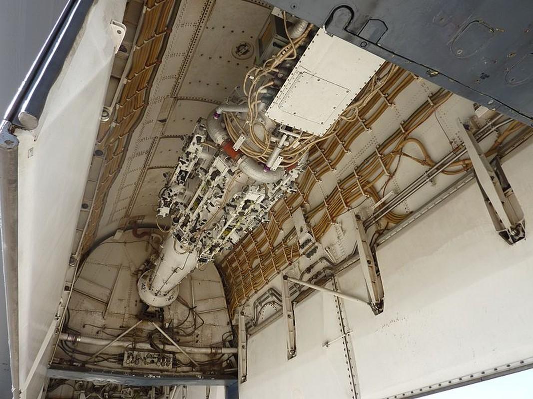 Suc manh khung khiep may bay nem bom B-1B My-Hinh-14