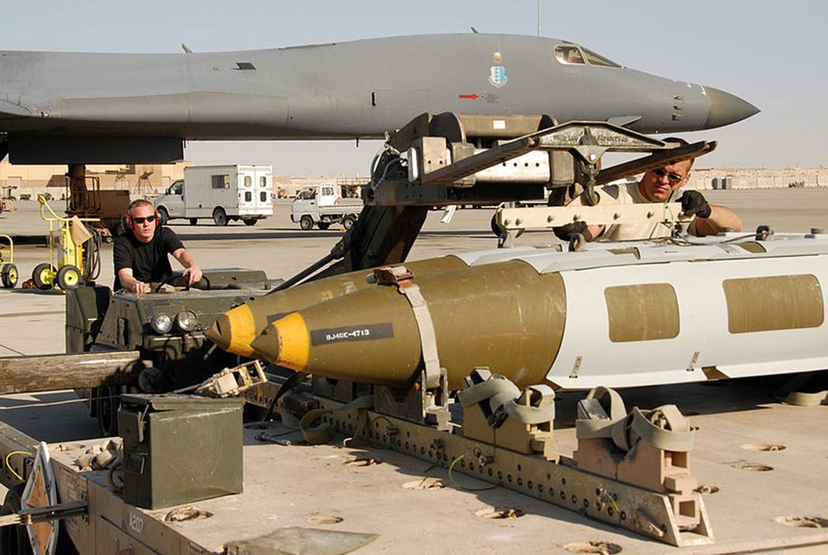 Suc manh khung khiep may bay nem bom B-1B My-Hinh-16