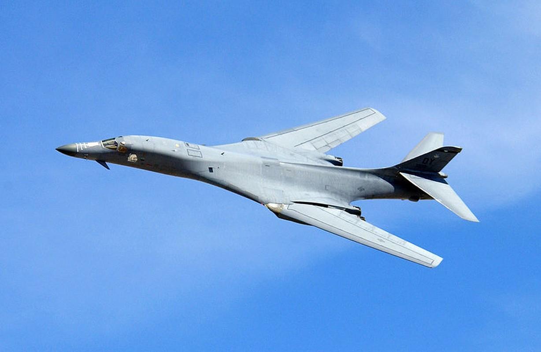 Suc manh khung khiep may bay nem bom B-1B My-Hinh-8