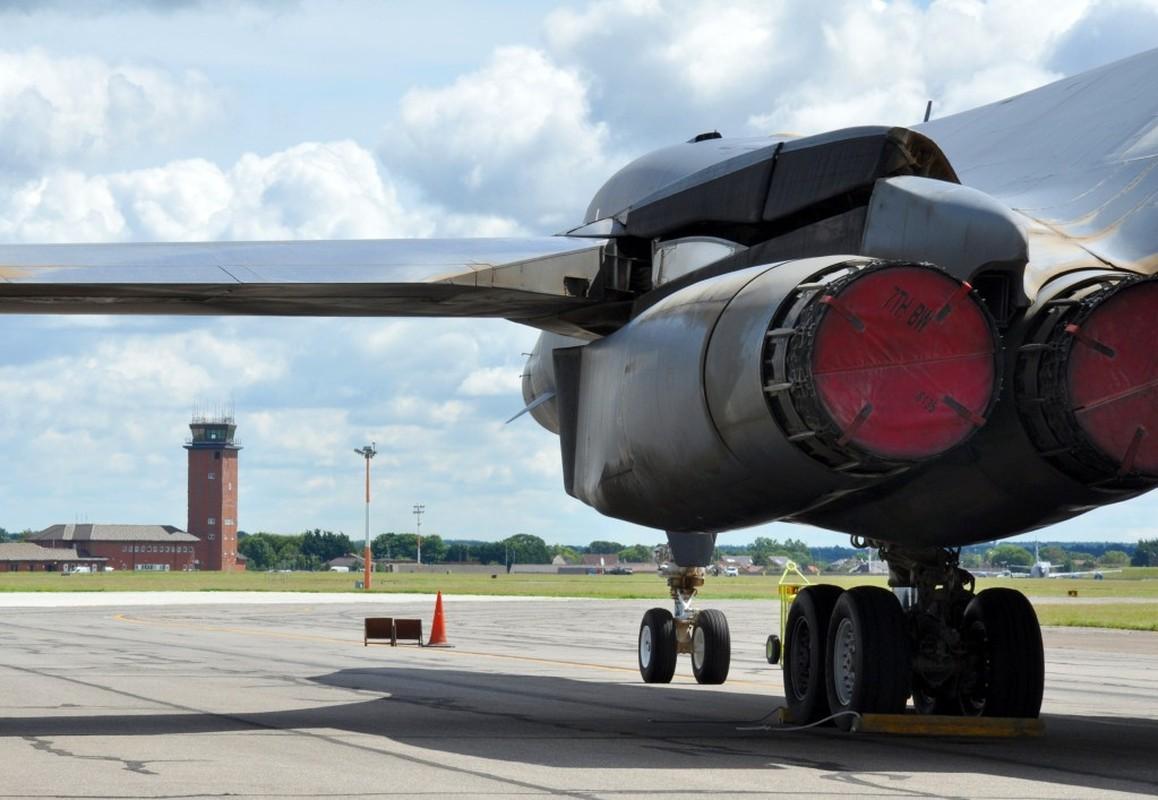 Suc manh khung khiep may bay nem bom B-1B My-Hinh-9