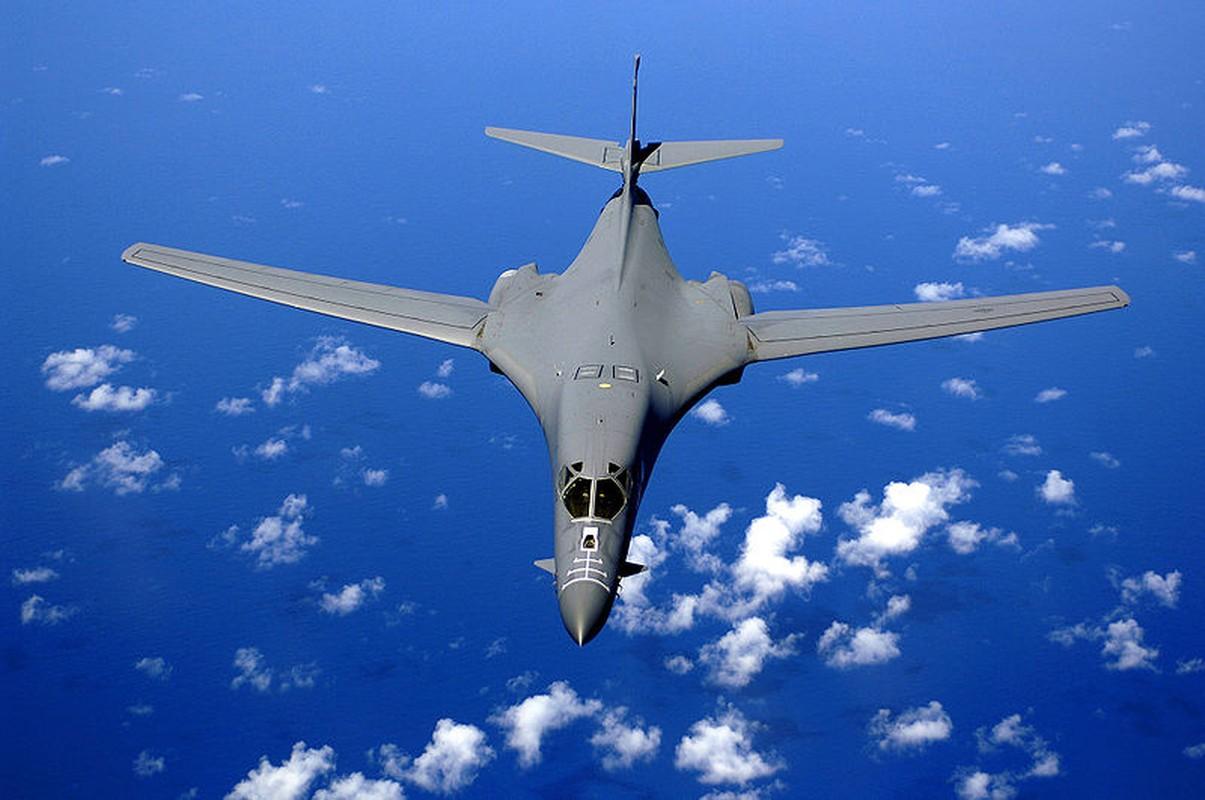 Suc manh khung khiep may bay nem bom B-1B My