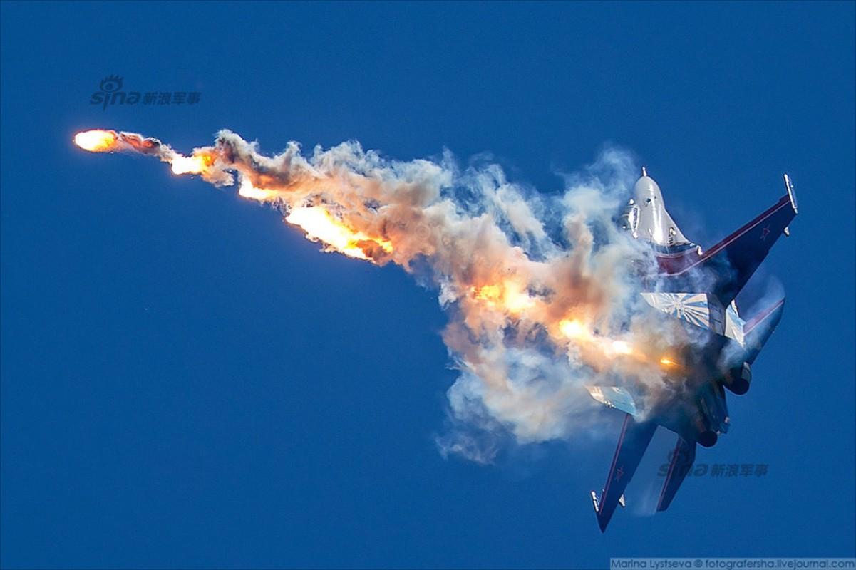 Dep me hon truc thang Nga ban rocket, mua tren khong-Hinh-11