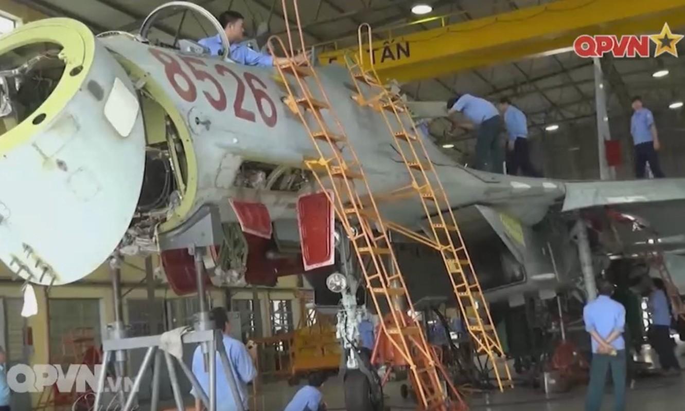 Tuyet voi: Viet Nam tu tang han su dung tiem kich Su-27