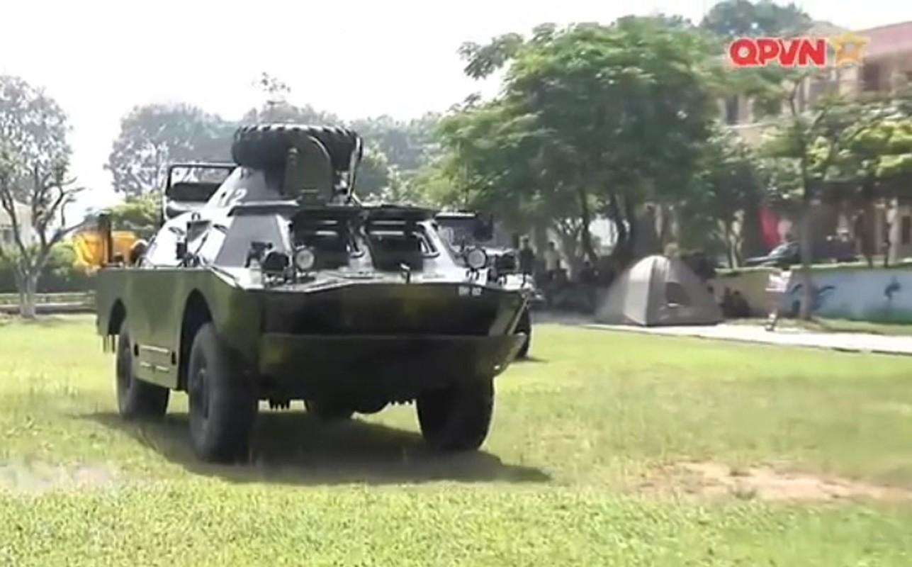 Bat ngo xe boc thep cua Binh chung Hoa hoc Viet Nam-Hinh-6