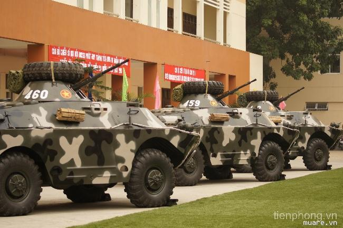 Bat ngo xe boc thep cua Binh chung Hoa hoc Viet Nam-Hinh-9