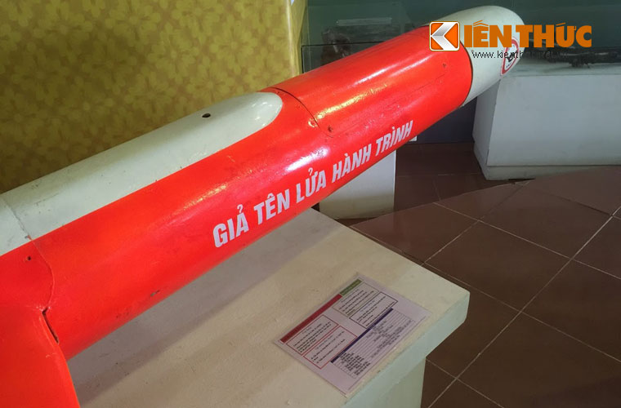 "Ngac nhien suc manh ""ten lua hanh trinh"" UAV-04 cua Viet Nam-Hinh-3"