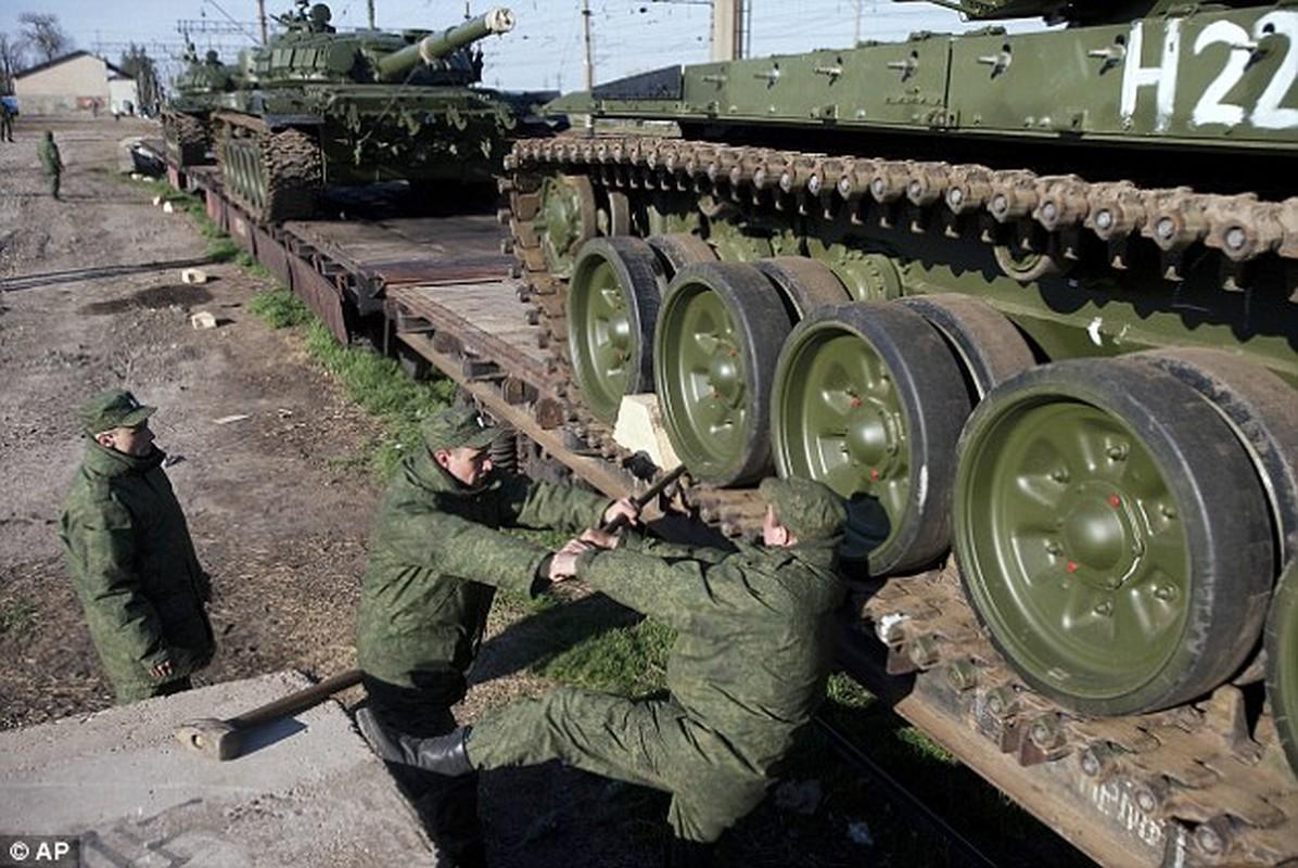 Viet Nam co the sam ca xe tang T-72 va T-90MS?-Hinh-4