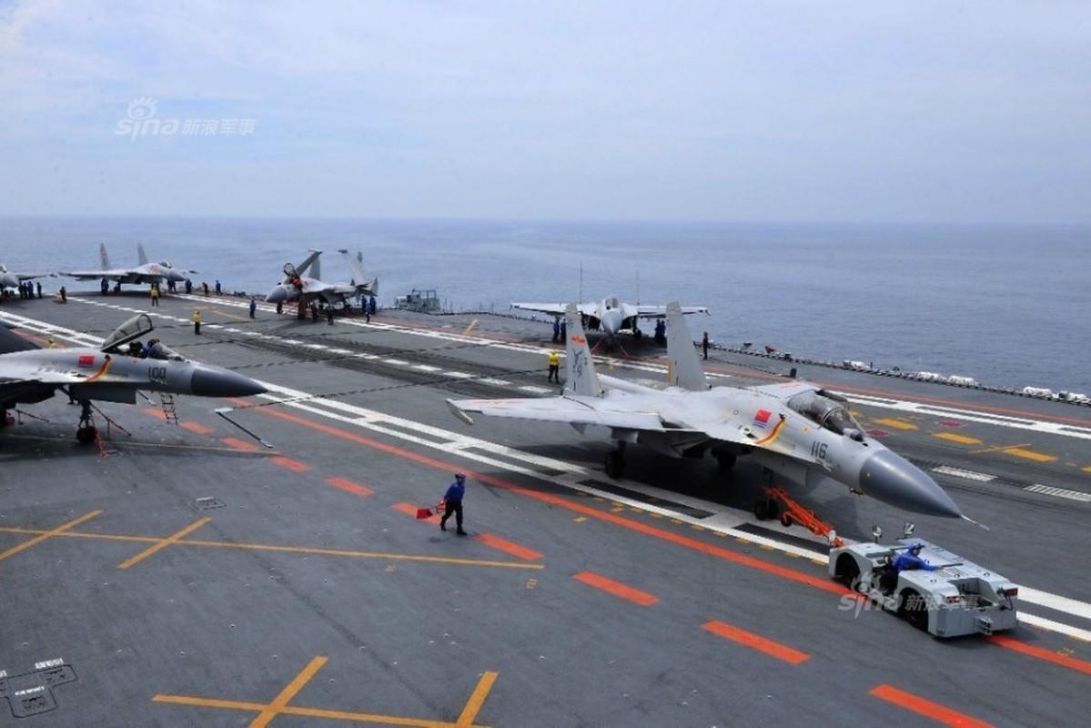 Anh: Tiem kich J-15 Trung Quoc bay tro lai sau tai nan