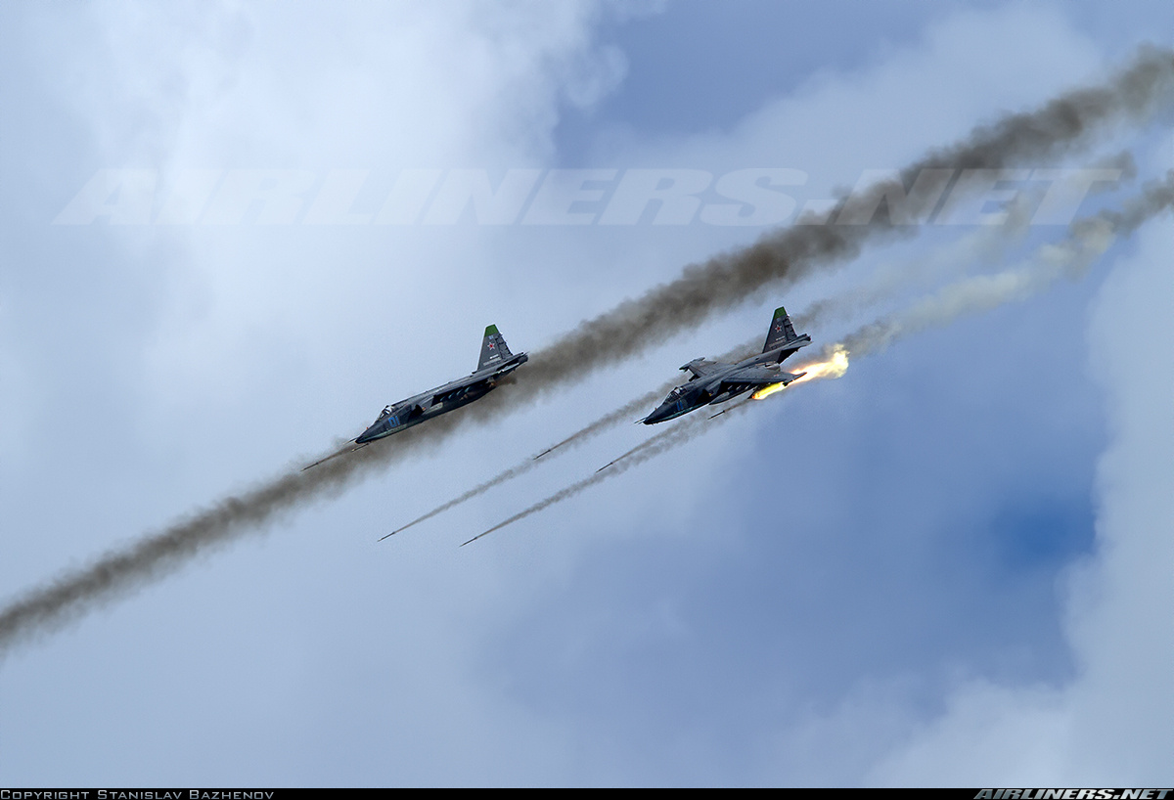 Bao My ca ngoi het loi cuong kich Su-25 Nga-Hinh-10