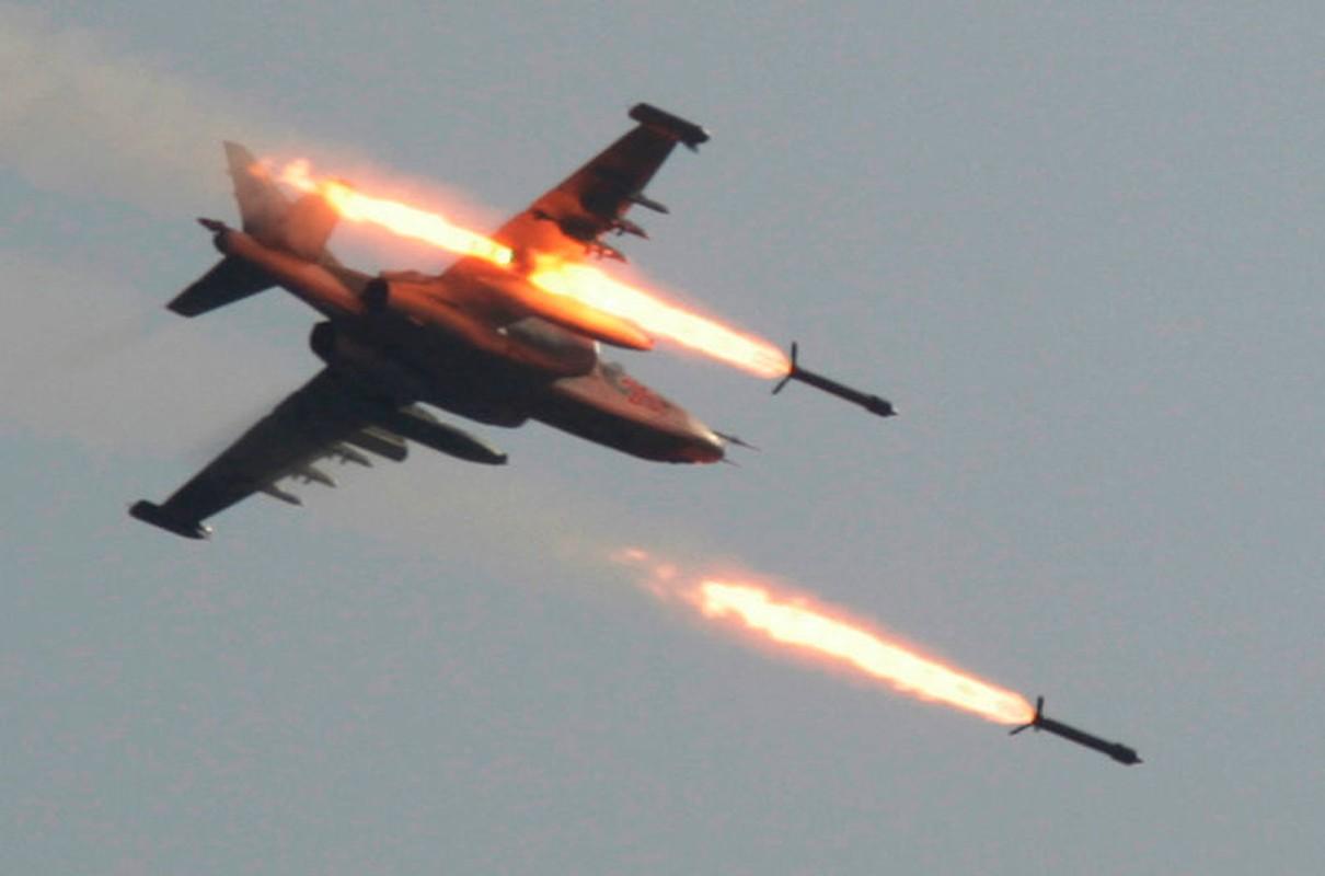 Bao My ca ngoi het loi cuong kich Su-25 Nga-Hinh-9