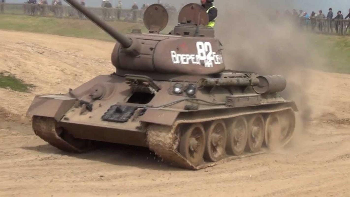 """Kinh ngac: """"Bo lao"""" T-34-85 van tham chien o Syria-Hinh-12"""