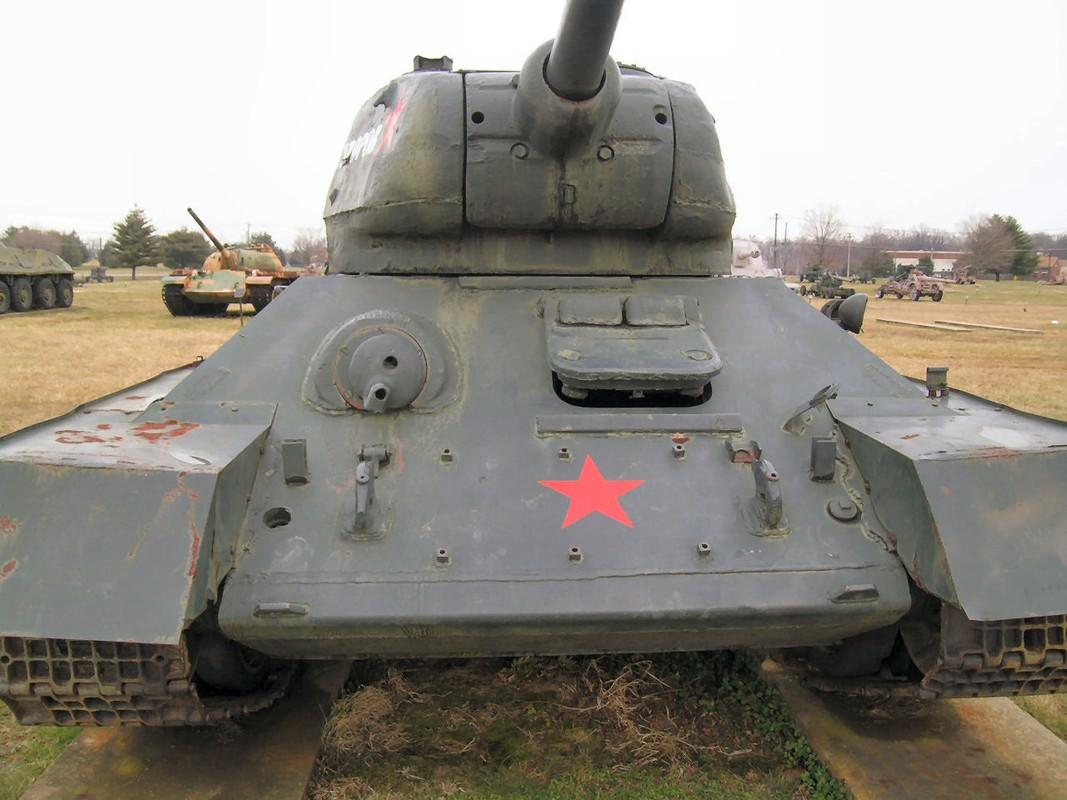 """Kinh ngac: """"Bo lao"""" T-34-85 van tham chien o Syria-Hinh-7"""