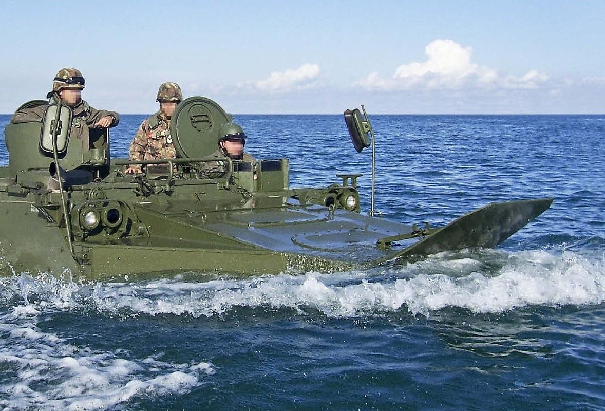 Thiet giap M113 co the tac chien tren bien neu nang cap theo huong nay-Hinh-7