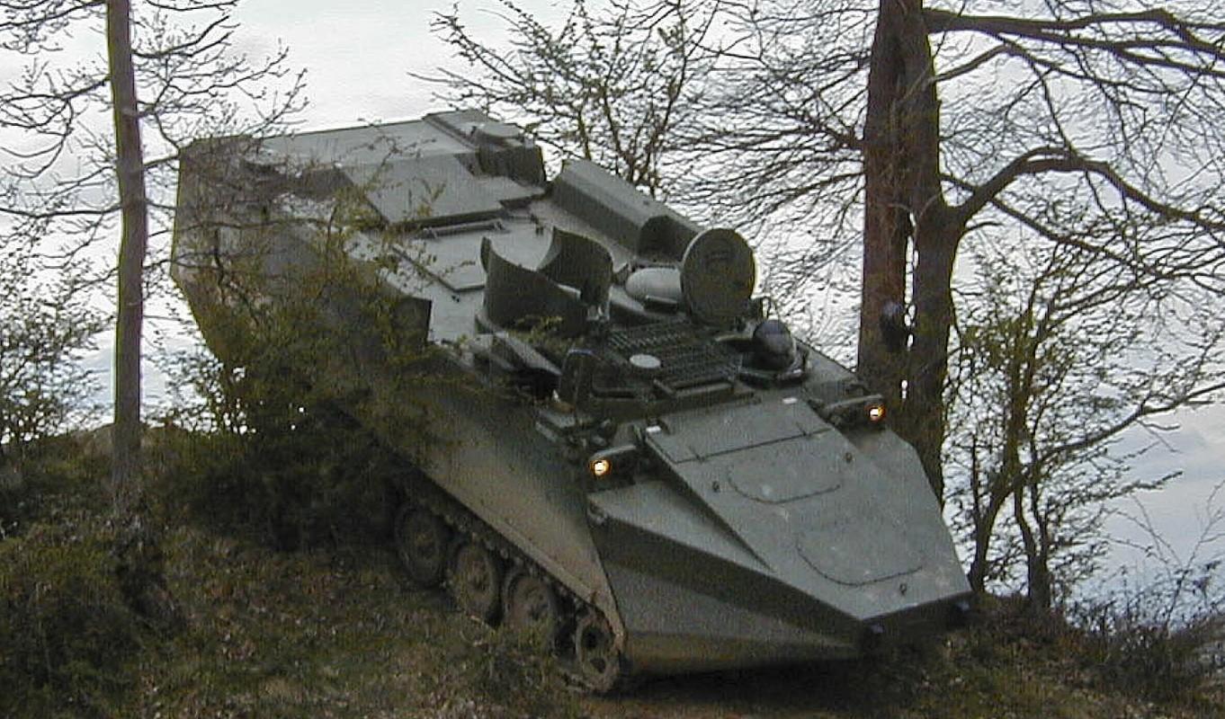 Viet Nam co the cai tien M113 dung cho hai quan danh bo?-Hinh-10