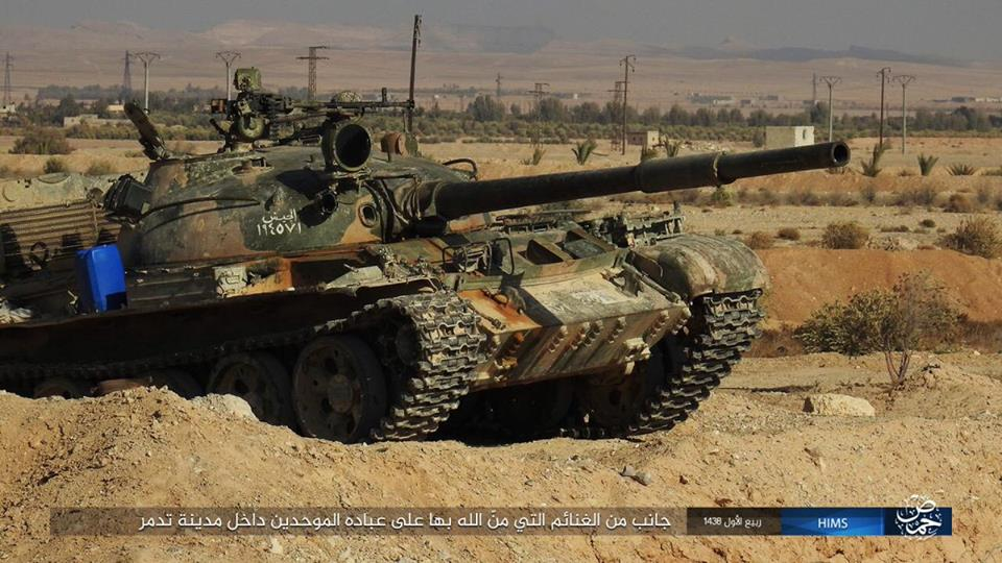 Xot xa loat vu khi Quan doi Syria vut lai Palmyra-Hinh-7