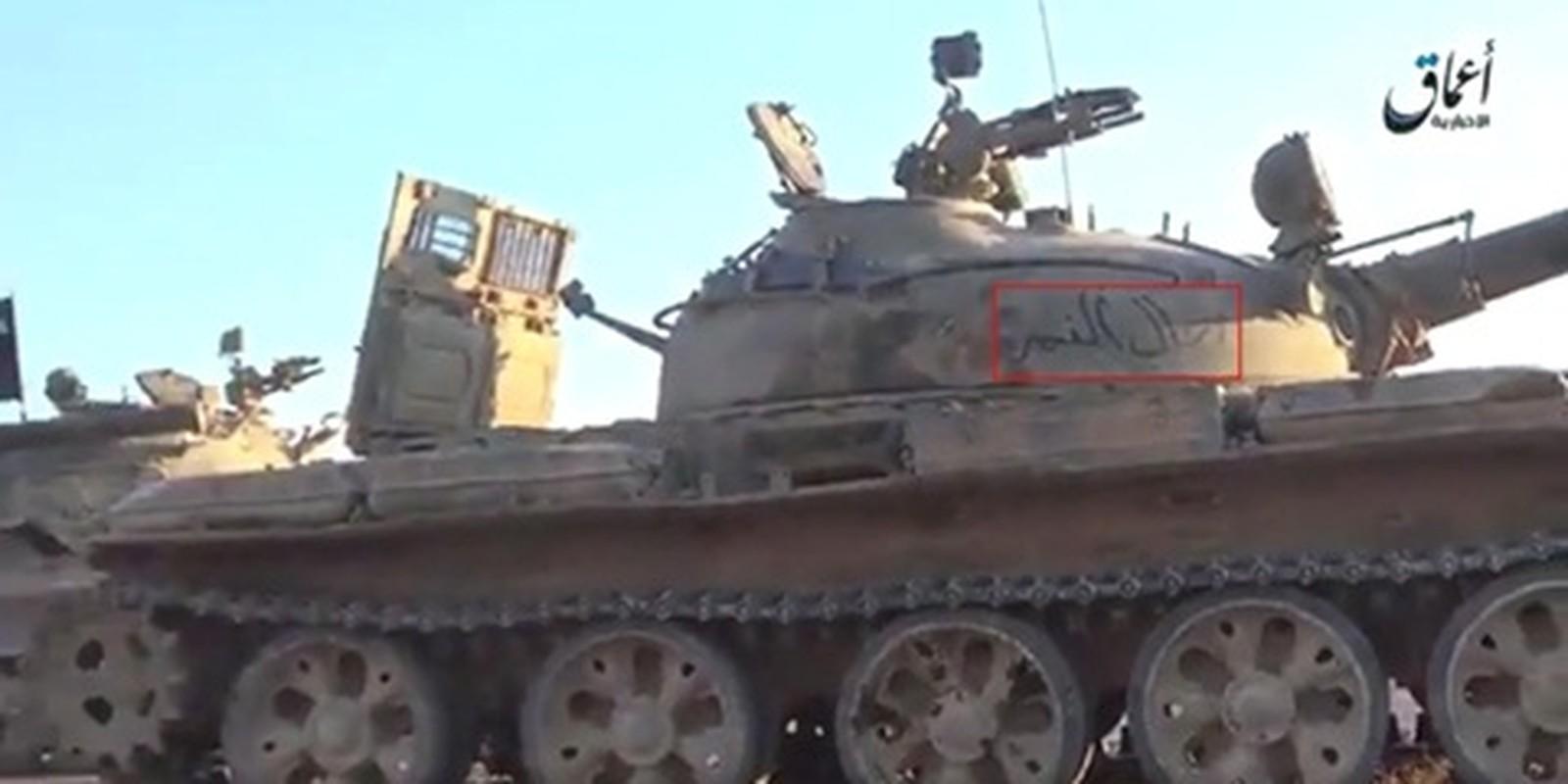 Xot xa loat vu khi Quan doi Syria vut lai Palmyra-Hinh-8
