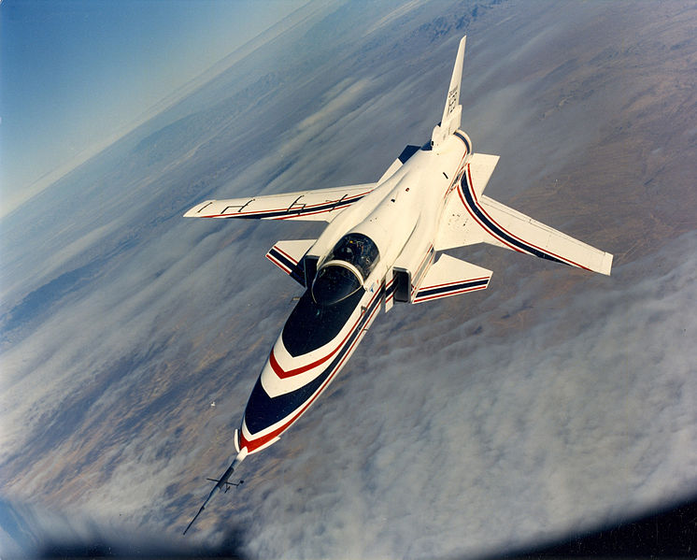 Phai chang Sukhoi sao chep X-29 My tao ra Su-47?-Hinh-2