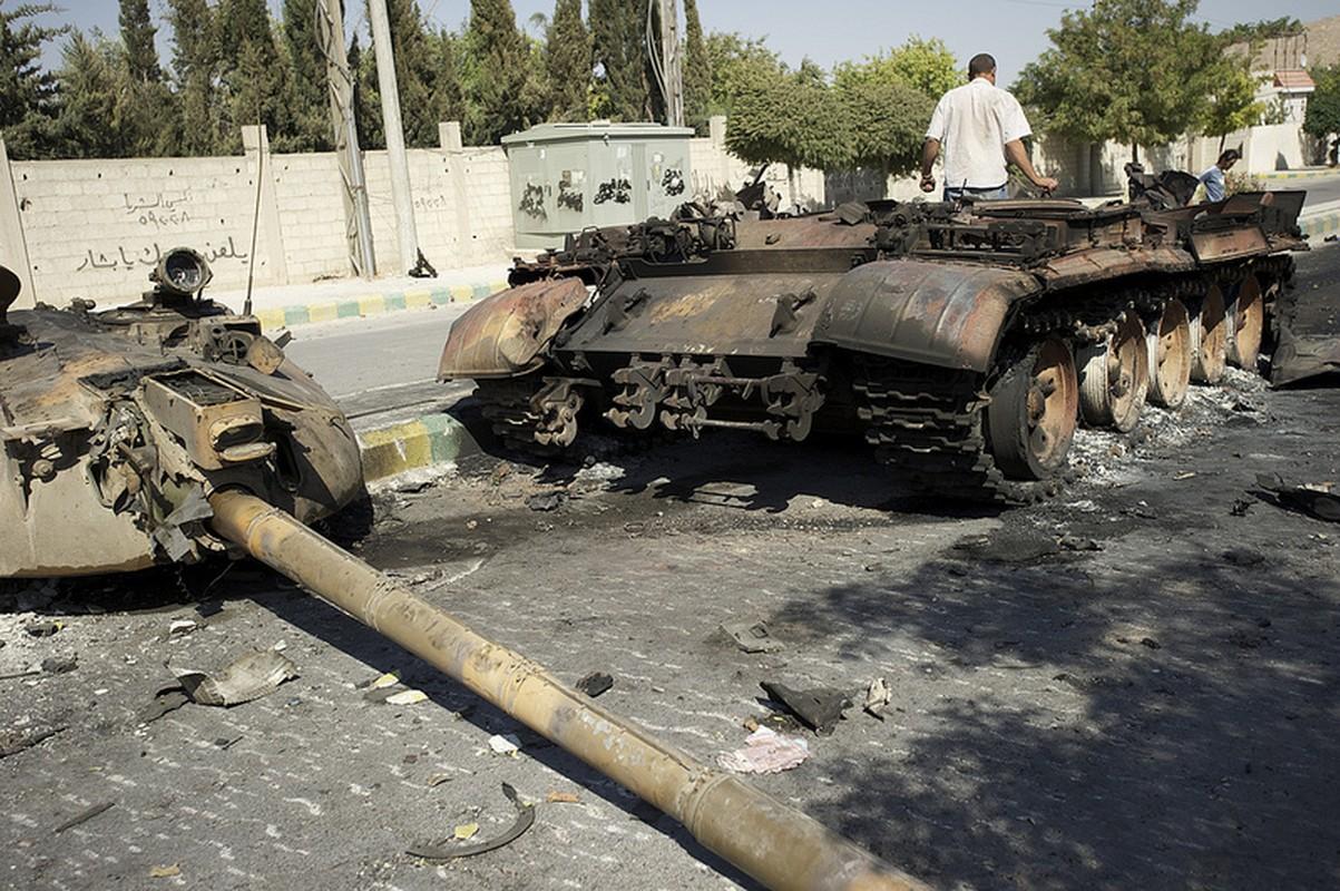 Khung khiep so vu khi Quan doi Syria mat o Homs-Hinh-4