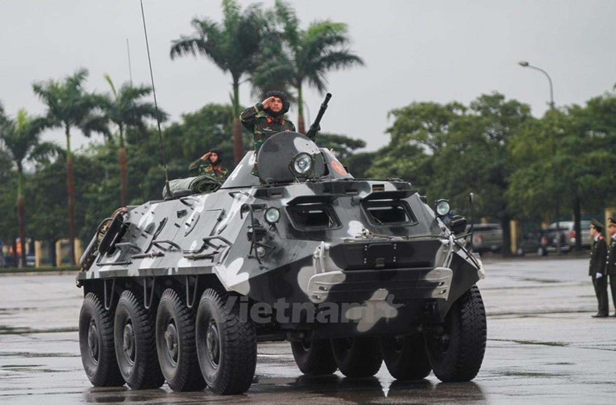 "Viet Nam bat dau nang cap ""taxi chien truong"" BTR-60PB-Hinh-7"