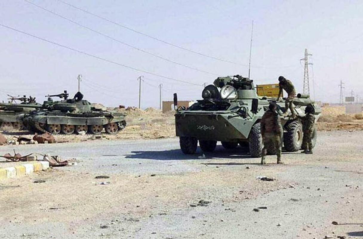 Bang chung Quan doi Syria dac biet coi trong tang T-62M-Hinh-3