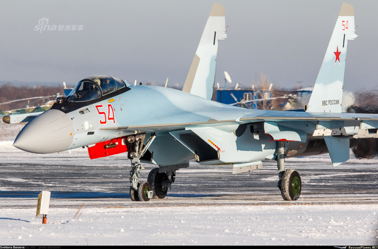 Bi an hinh anh tiem kich Su-35 cua KQ Trung Quoc-Hinh-6