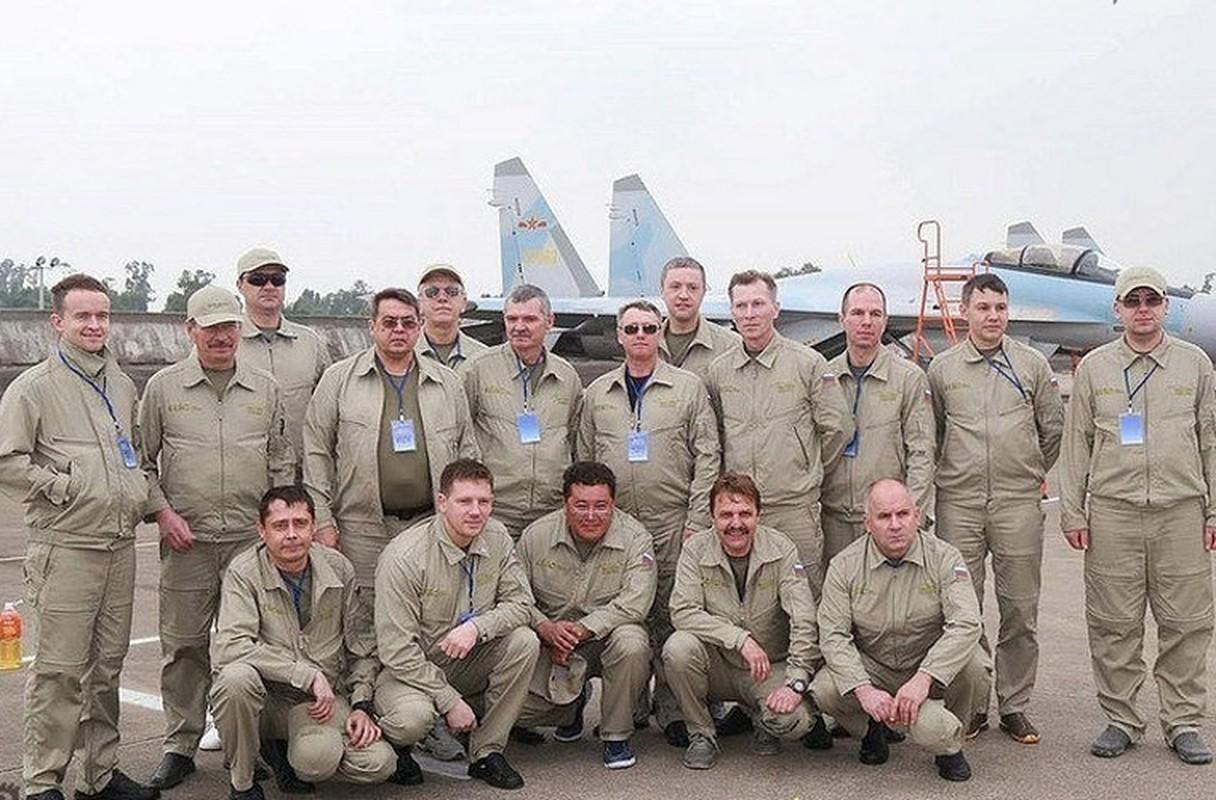 Bi an hinh anh tiem kich Su-35 cua KQ Trung Quoc