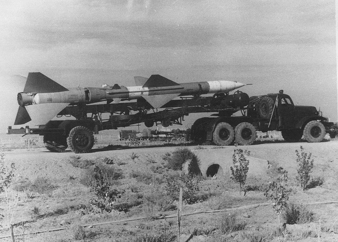 Kinh ngac: Ten lua phong khong huyen thoai SA-2 tung co phien ban hat nhan-Hinh-9