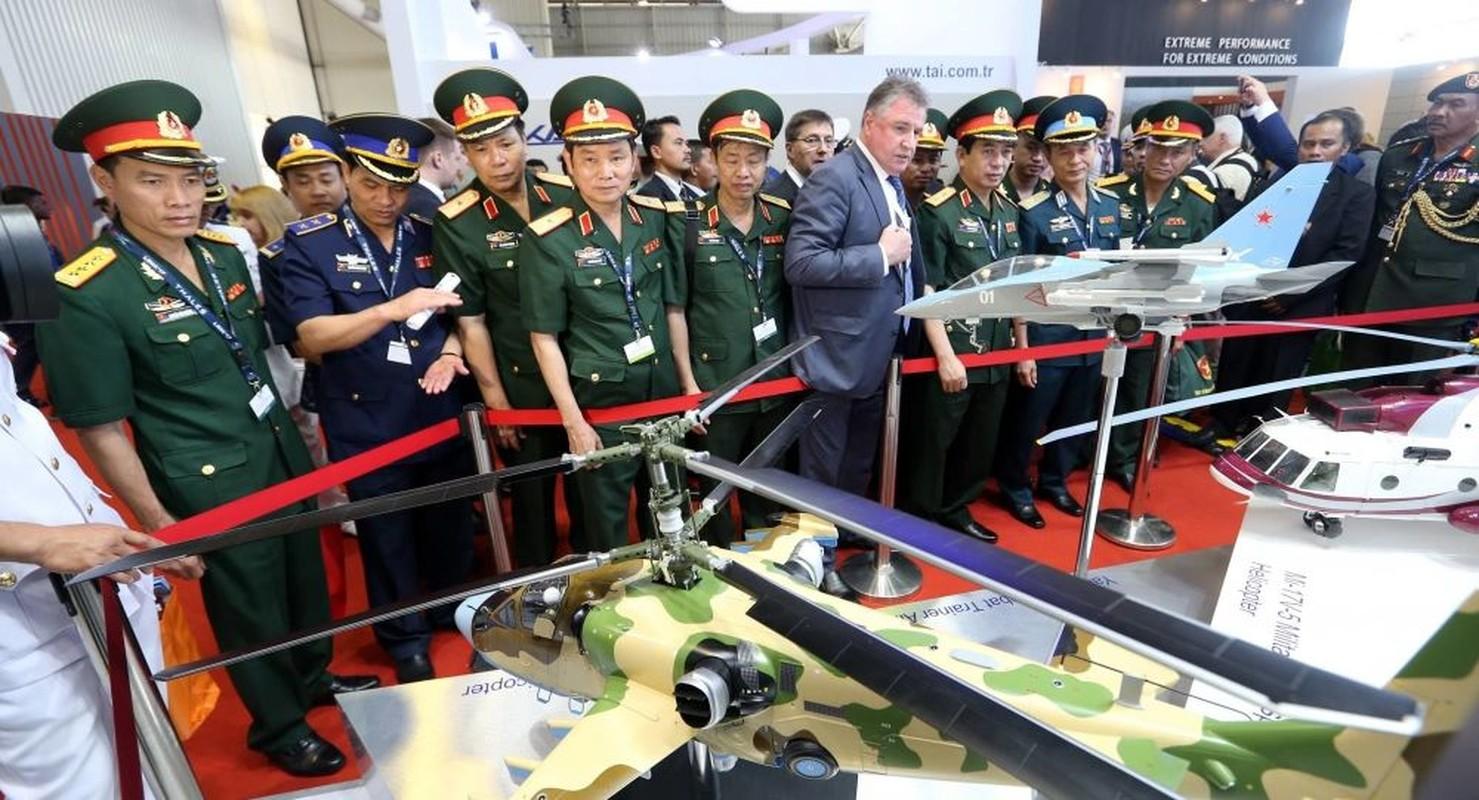 Chuyen gia: Viet Nam chon Ka-52 la rat dung dan