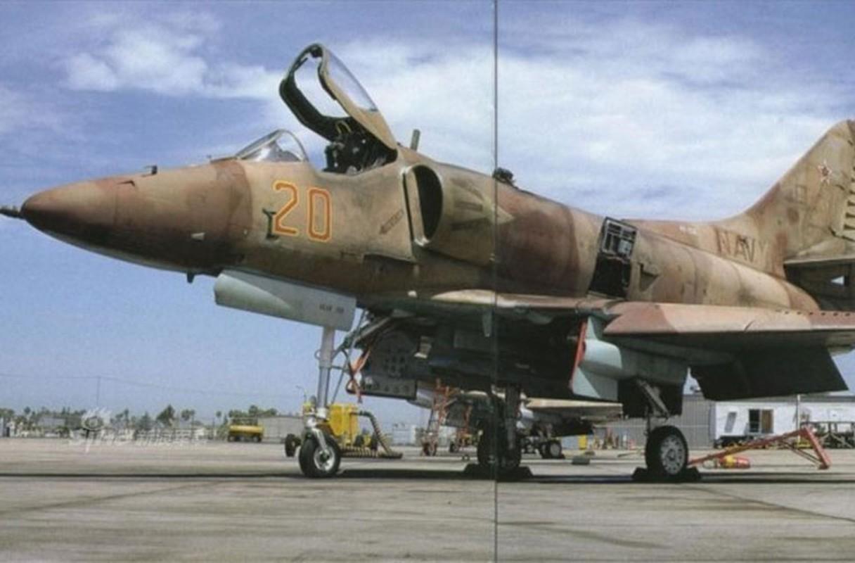 My dinh lam gi khi son F/A-18 giong het Su-34 Nga?-Hinh-7