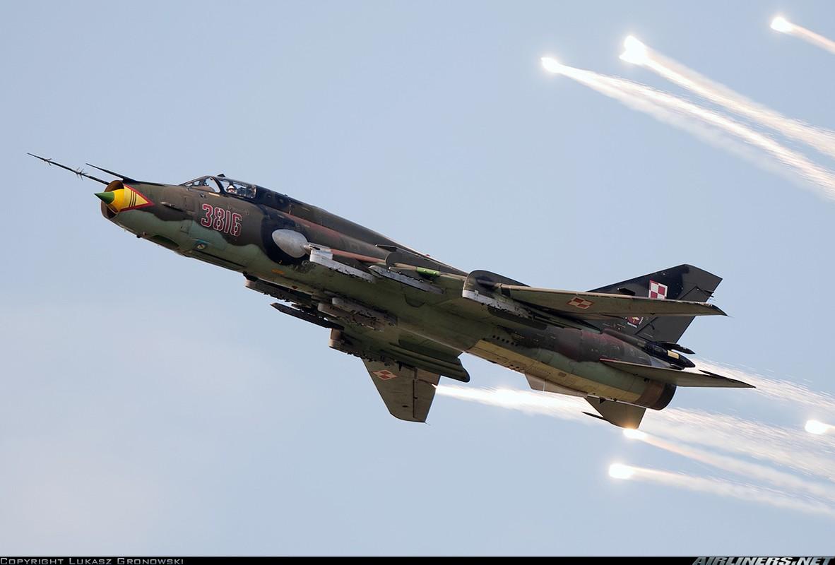 My ban roi may bay Syria: Su-22 chua tung danh thang tren khong-Hinh-10