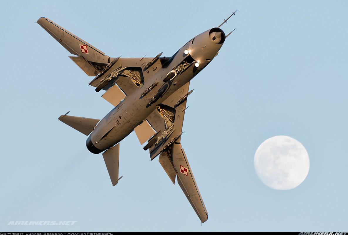 My ban roi may bay Syria: Su-22 chua tung danh thang tren khong-Hinh-13