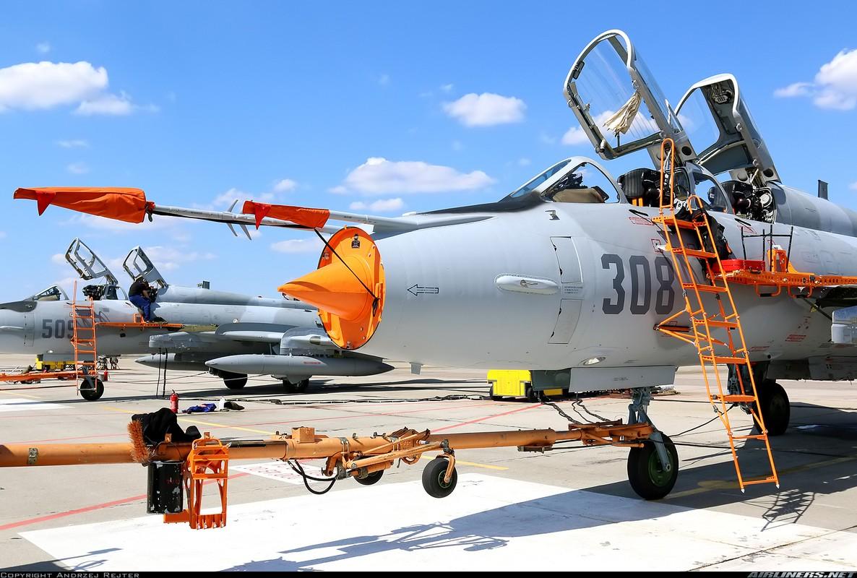 My ban roi may bay Syria: Su-22 chua tung danh thang tren khong-Hinh-4