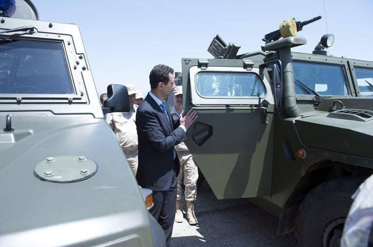 "Tong thong Syria cuoi tuoi, thich thu vu khi ""khung"" cua Nga-Hinh-4"