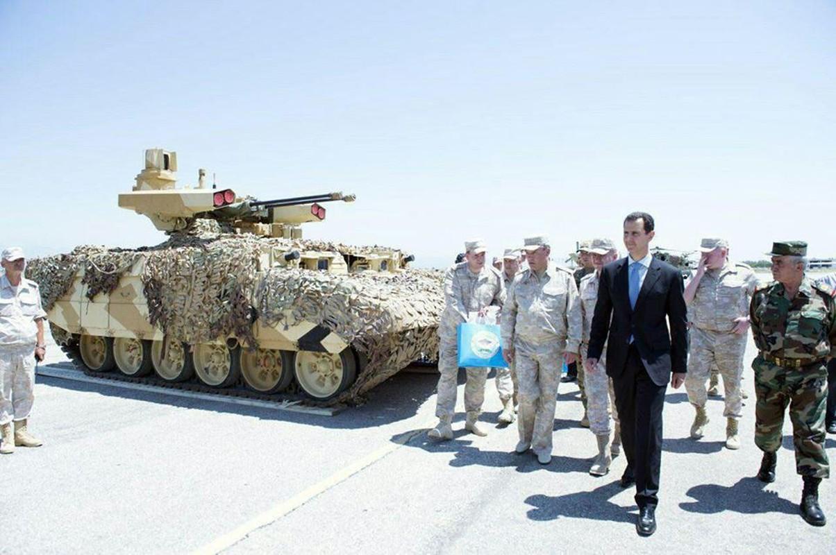 "Tong thong Syria cuoi tuoi, thich thu vu khi ""khung"" cua Nga-Hinh-9"