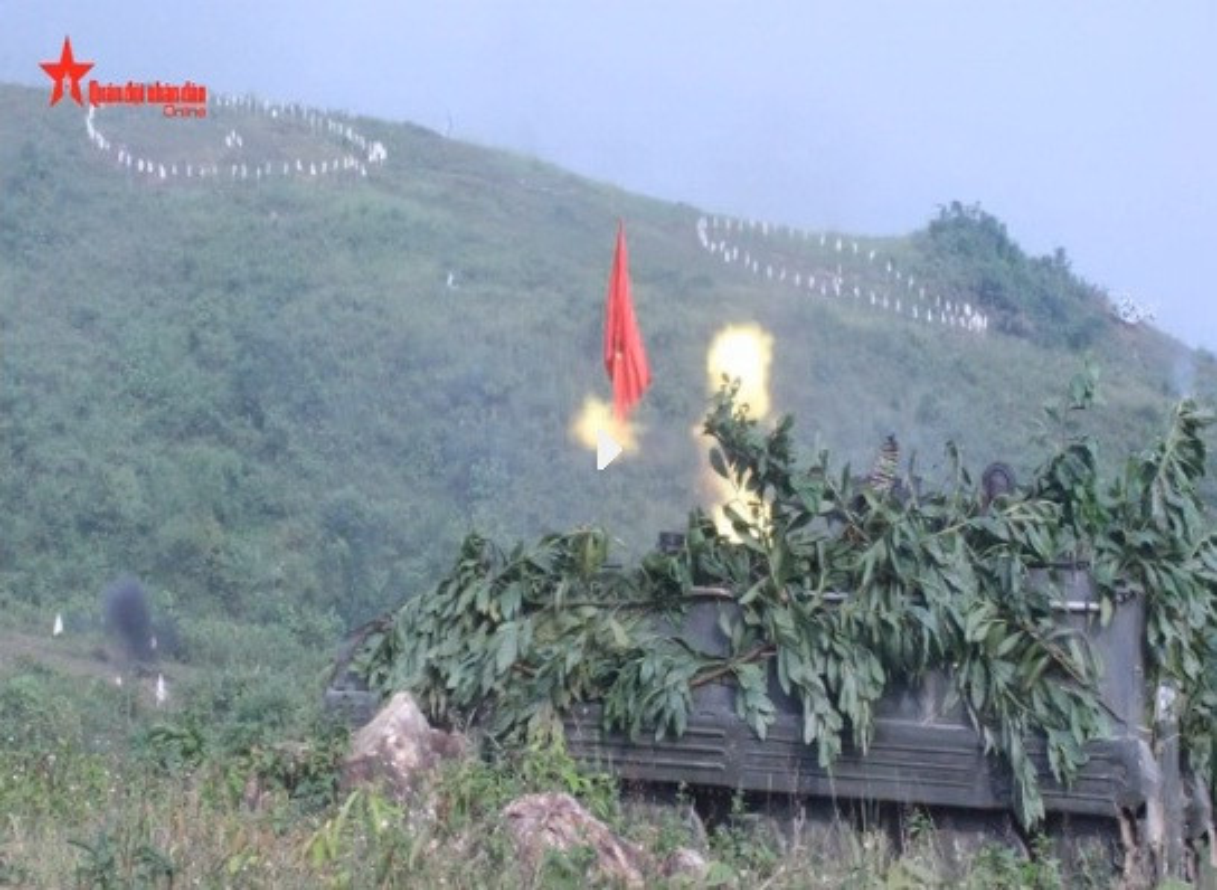 Soi loat xe tang Trung Quoc ma QDND Viet Nam so huu-Hinh-15
