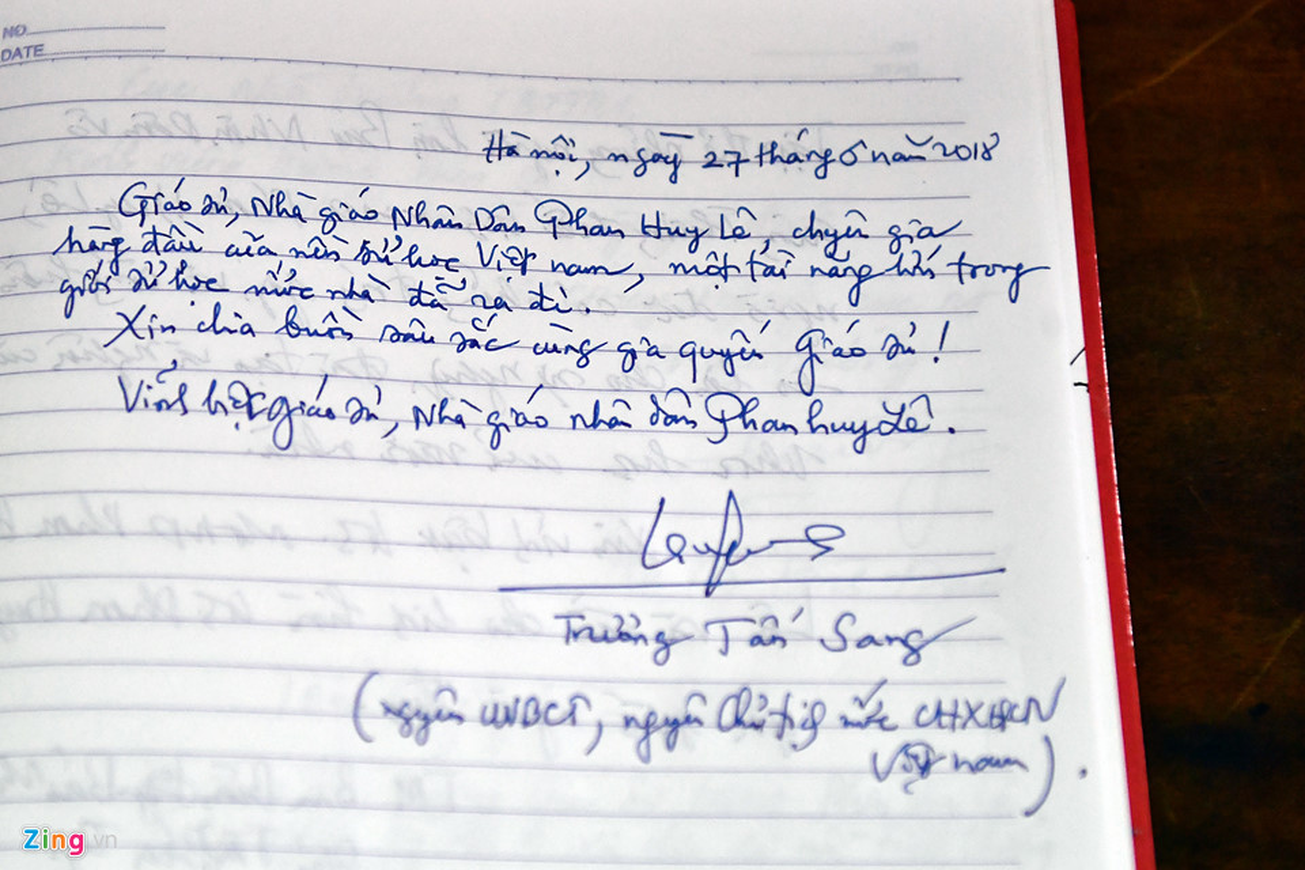 Lanh dao Dang, Nha nuoc va ban be tien biet giao su Phan Huy Le-Hinh-10
