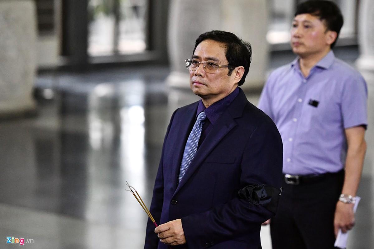 Lanh dao Dang, Nha nuoc va ban be tien biet giao su Phan Huy Le-Hinh-11