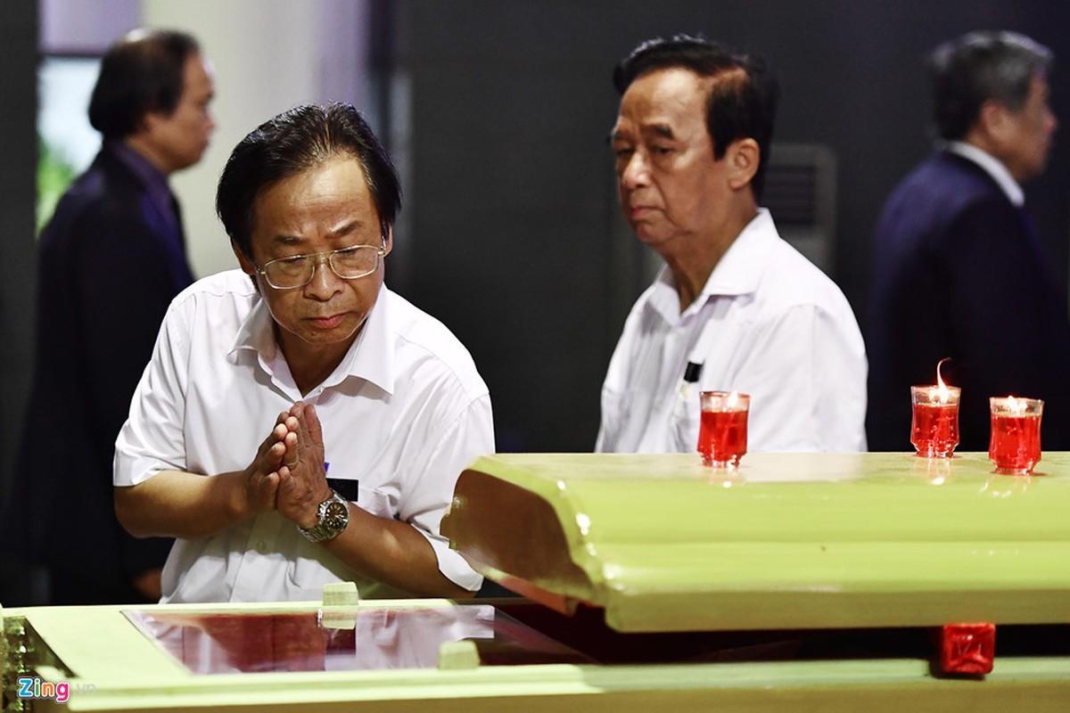 Lanh dao Dang, Nha nuoc va ban be tien biet giao su Phan Huy Le-Hinh-16